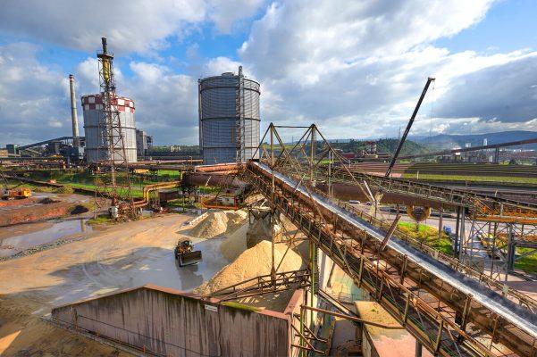 Fotografía industrial realizada para la factoria siderurgica Arcelor Mittal, Avilés Gijon, Asturias. Metal. Fundición. Alto horno.