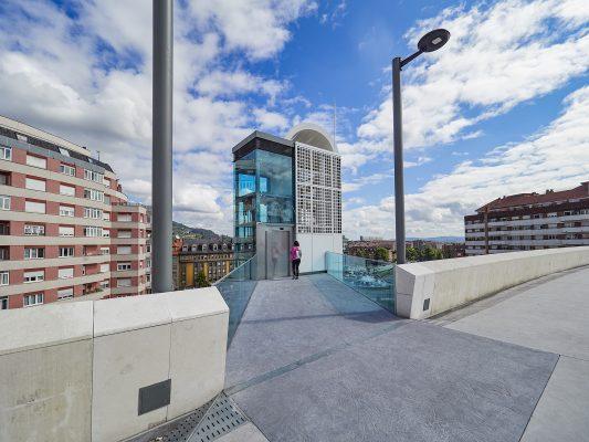 Panorámica de apartamentos construidos en Gascona, antigua estación del Vasco, Oviedo, Asturias.