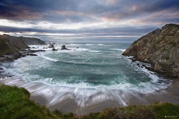 Playa del silencio, Cudillero, Asturias. Paraiso natural.