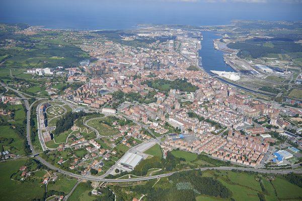 Fotografía aerea, panorámica, municipio de Avilés, Asturias, Paraiso natural.