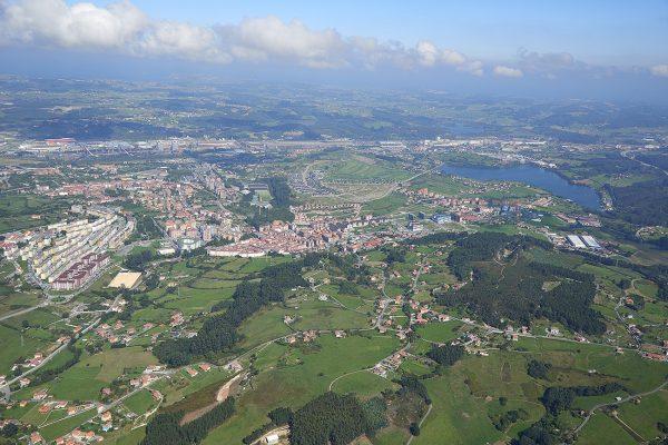 Fotografía aerea, panorámica, municipio de Corvera, Asturias, Paraiso natural.