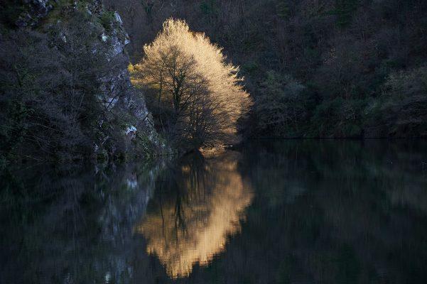Embalse de la Barca al atardecer, Tineo, Asturias, Paraiso natural.