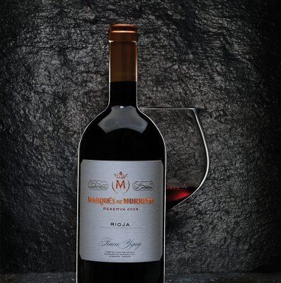 Bodegón de vinos de Ribera de Duero, para la agencia Hispania Comunicación. Fotografía bebidas y licores de bodegón de vinos de Ribera de Duero, contratada por Hispania Comunicación para Tierra de Sabor, Castilla León