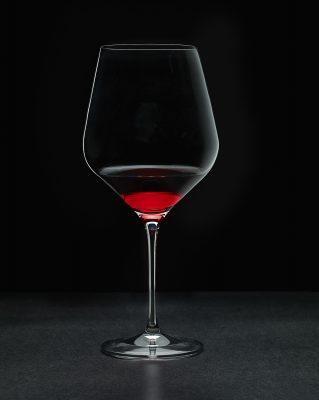 Copa de vino al trasluz - Dkristal, Siero, Asturias.