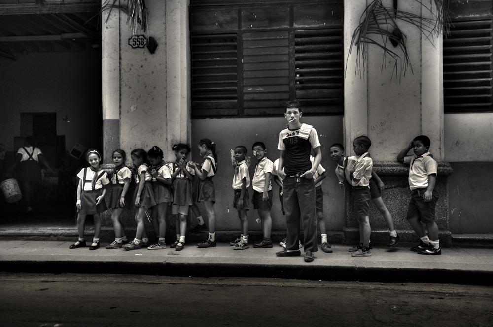 221111-Viajes-fotografia profesional de niños en La Habana, Cuba.