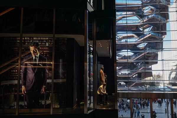 Reflejo del edificio escultórico The Vessel, creado por Thomas Heatherwick, New York.